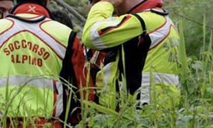 Alla ricerca di funghi si perdono nei boschi, salvati dal Soccorso alpino