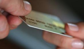 Arrestato a Cologno un uomo con una carta di credito clonata