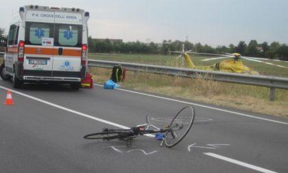 Ciclista investito sulla Provinciale a Cassano