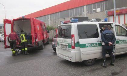 Fuoriesce un solvente a Cassano, operaio in ospedale