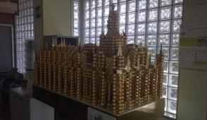 In Comune a Bellinzago una miniatura del Duomo di Milano fatta di Ferrero Rocher