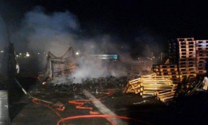 Incendio tra Rodano e Pioltello – LIVE
