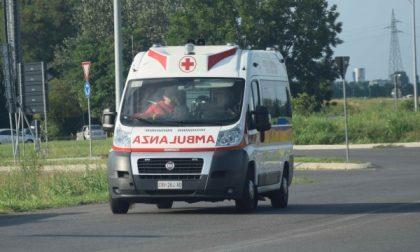 Incidente tra auto in zona scuole a Cernusco sul Naviglio SIRENE DI NOTTE