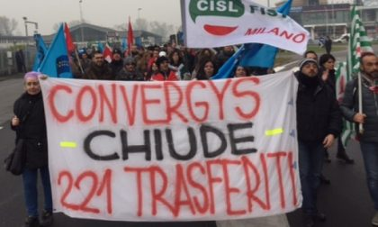 La protesta dei lavoratori Convergys da Cernusco si sposta in Regione