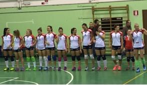 La squadra di volley di Cassina si presenta