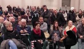 Masate, in trecento per l'assemblea sui rifugiati
