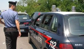 Rubano vestiti e feriscono commessa a Bellinzago, arrestate