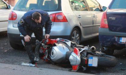 Schianto in via Monza a Seggiano, arriva l'elisoccorso