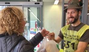 Tanta generosità a Cassano d'Adda per la colletta alimentare