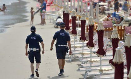 Topo da spiaggia derubava i bagnanti: preso