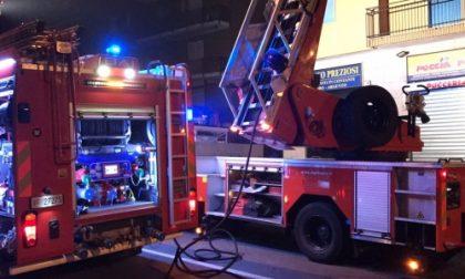 Una lanterna cinese provoca un incendio a Brugherio