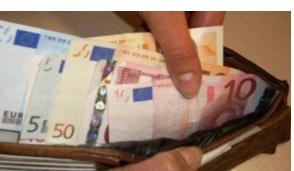 Vignatese trova un portafoglio con 600 euro per terra e lo riconsegna al proprietario
