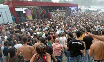 Cassina ancora un rave party in un'azienda abbandonata