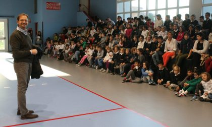 Il sindaco consegna la palestra della scuola ai bimbi LE FOTO