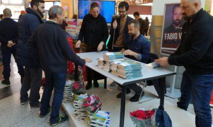 Fabio Volo incontra i fan e firma copie del suo ultimo libro