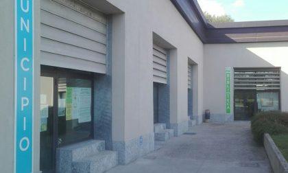 Bilancio in crisi: a Rodano mancano i soldi per tagliare l'erba