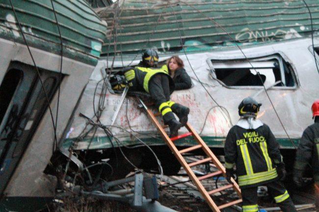 Incidente ferroviario Pioltello: cedimento rotaia, le vittime sono tre donne