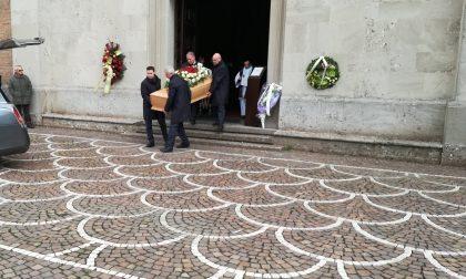 Grande partecipazione a Trezzo per i funerali di Giacomo Perego