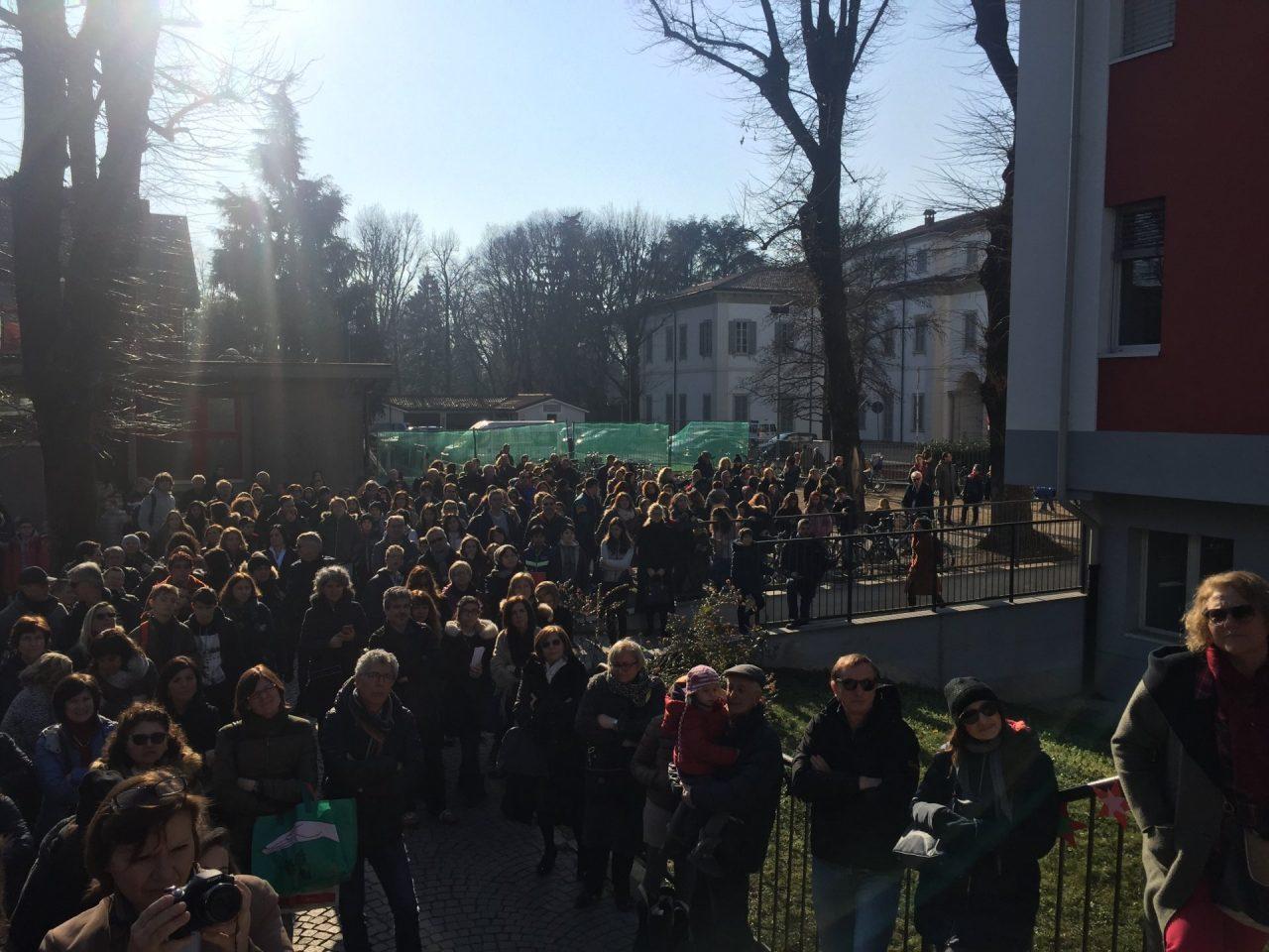 Intitolazione scuola secondaria di primo grado a Margherita Hack a Cernusco sul Naviglio discorso del dirigente scolastico Claudio Mereghetti