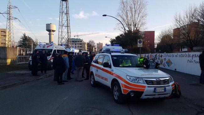 Melegnano (Milano), scuola elementare sgomberata per una sospetta fuga di gas
