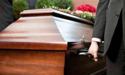 """Niente funerali in chiesa: """"Scelta condivisa da tutti i preti per tutelare la salute delle persone"""""""