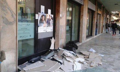 Colpo al bancomat esplosione in una banca di Cologno
