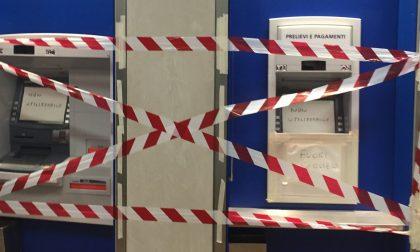 Ladri assaltano bancomat ma non riescono a rubare