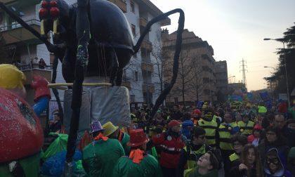 Carnevale a Brugherio tra carri, maschere e balli FOTO