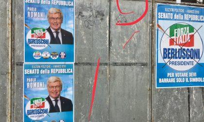 """Manifesti elettorali coperti, il Pd protesta: """"Due pesi e due misure"""""""