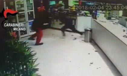 Rapina violenta al bar, il giudice chiede di indagare anche le vittime