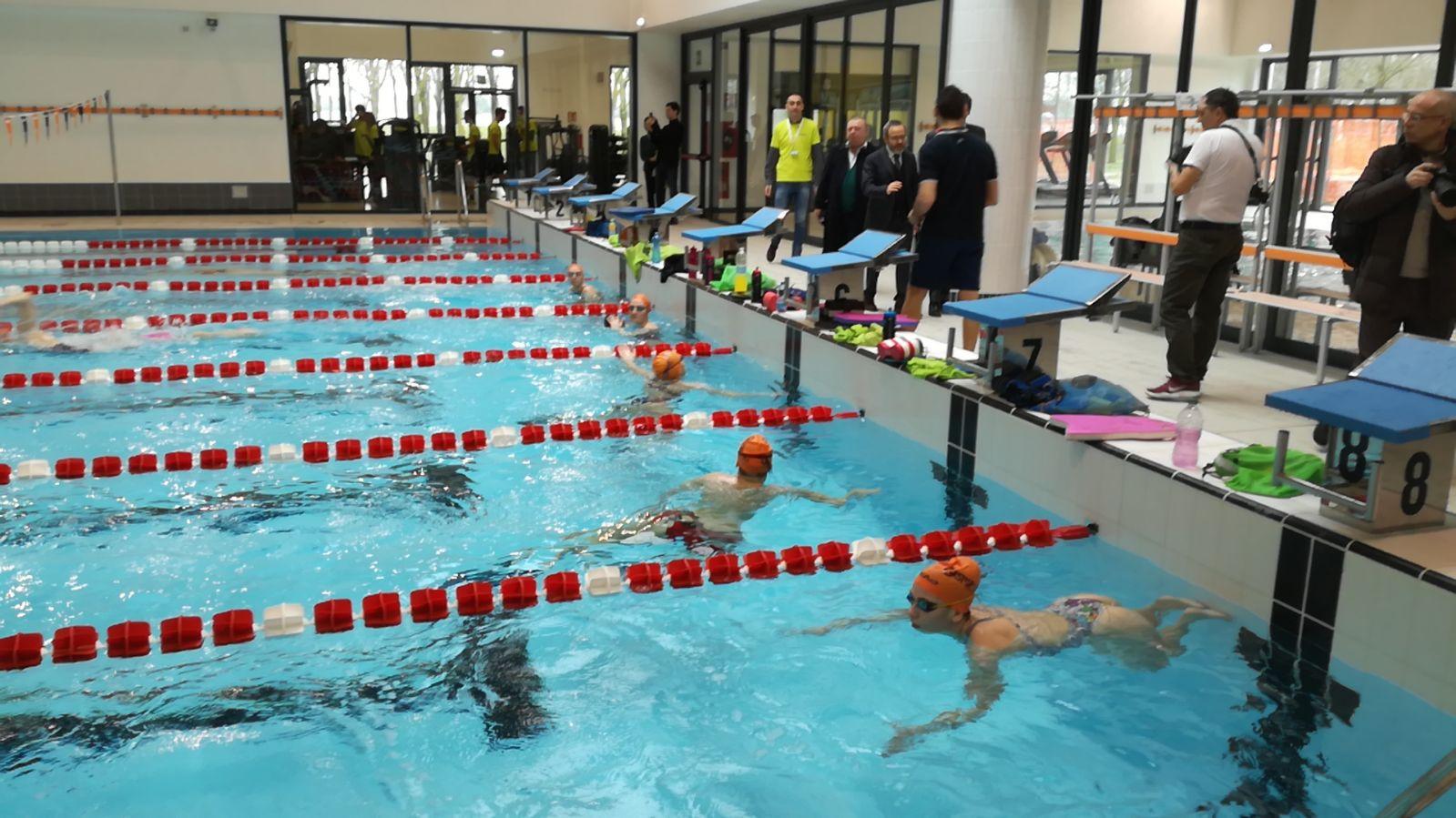 Carugate inaugurata la nuova piscina foto e video la martesana - Piscina brugherio ...
