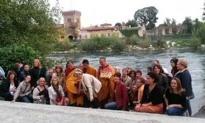 Monaci tibetani trattenuti in India niente visita a Cassano