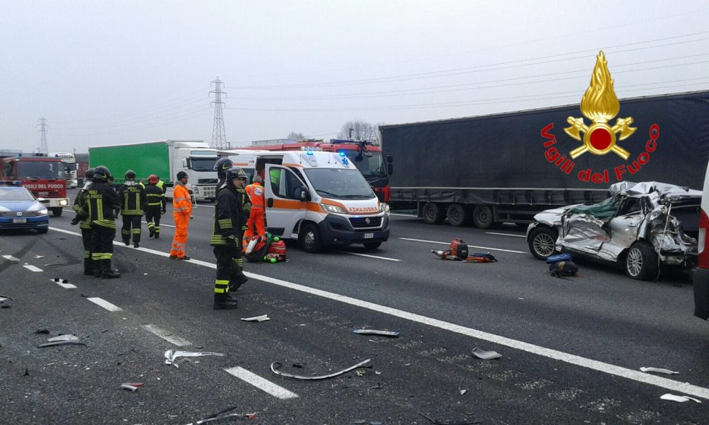 Donna morta in incidente sull'A4