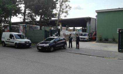 Incendio alla cartiera di Cologno indagini su una banda