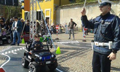 Cologno piccoli automobilisti impararano l'educazione stradale FOTO