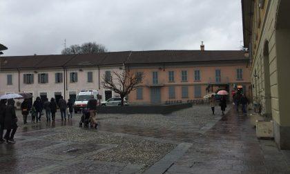 I commercianti scendono in piazza a Cernusco contro la chiusura bis