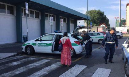Giovane aggredito e rapinato in stazione, delinquente arrestato dai vigili