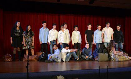 """Pioltello, seconda serata di successo per """"Teatro in classe"""" FOTO"""