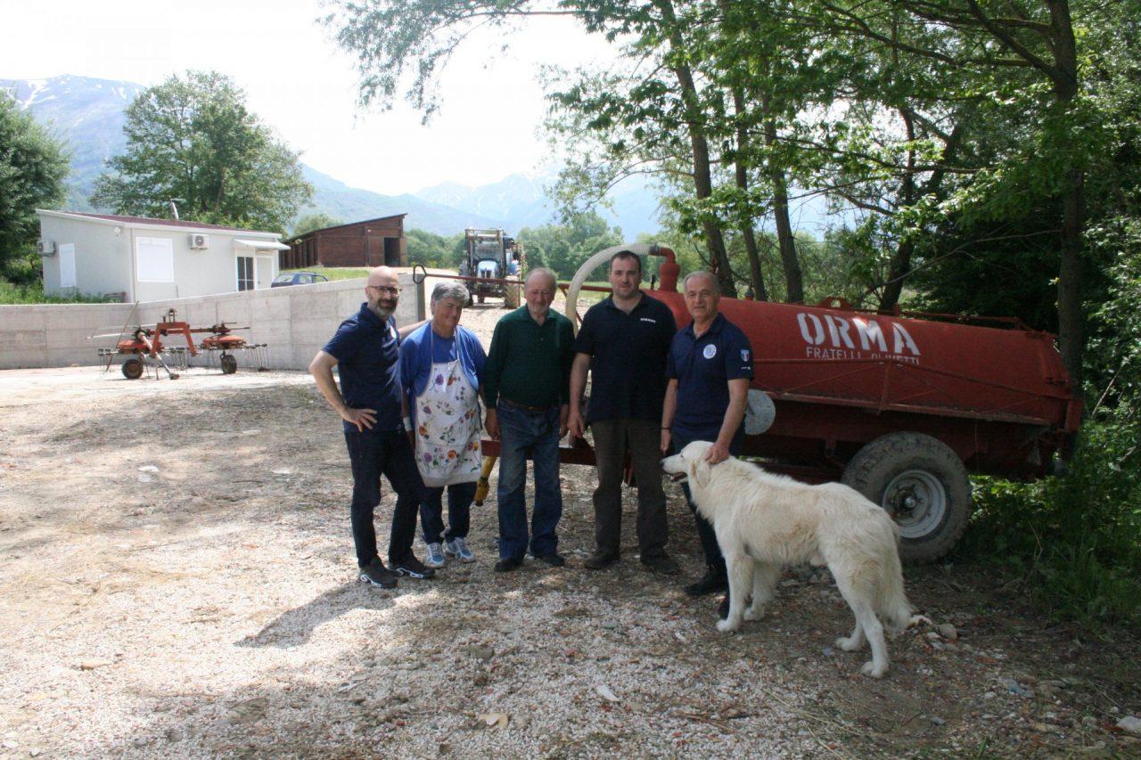 Nei luoghi colpiti dal sisma cHAITY IN THE WORLD FAMIGLIA DI lUCA gUERRINI