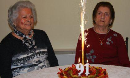 Compleanno gemelle a Pontirolo: doppia festa per i 91 anni