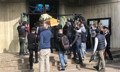 Massimo Bossetti al funerale della mamma Ester FOTO