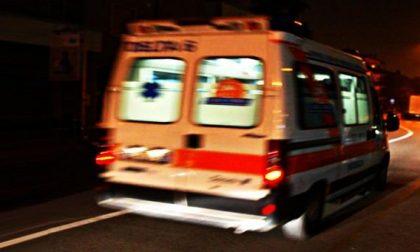 Beve troppo, ventenne soccorso dall'ambulanza SIRENE DI NOTTE