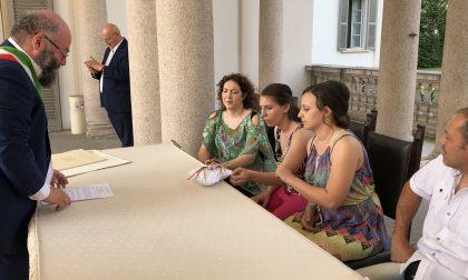 """Alessandra e Anna hanno detto """"sì"""": è il primo matrimonio tra donne a Cernusco"""