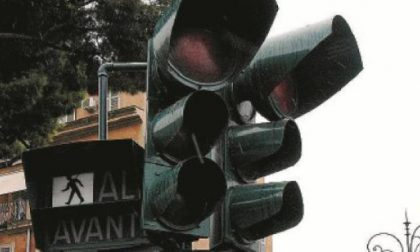 Black out, semafori in tilt in diverse zone della città