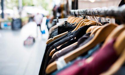 Il Comune lancia un bando per sostenere i negozi di vicinato, ma partecipano in due