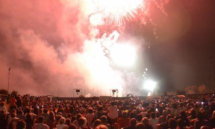 Fuochi di Sant'Agata: in migliaia per la festa di San Fermo FOTO
