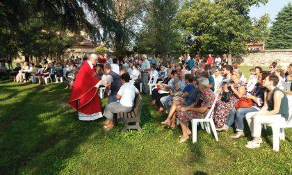Festa di Ronco con la Messa sotto l'antico cedro