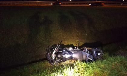 Fuori strada con la moto, ferito un 47enne FOTO