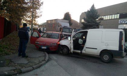 Incidente in zona industriale, in via Grandi arriva l'ambulanza