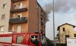 Incendio in casa, famiglia salvata dai Vigili del fuoco FOTO